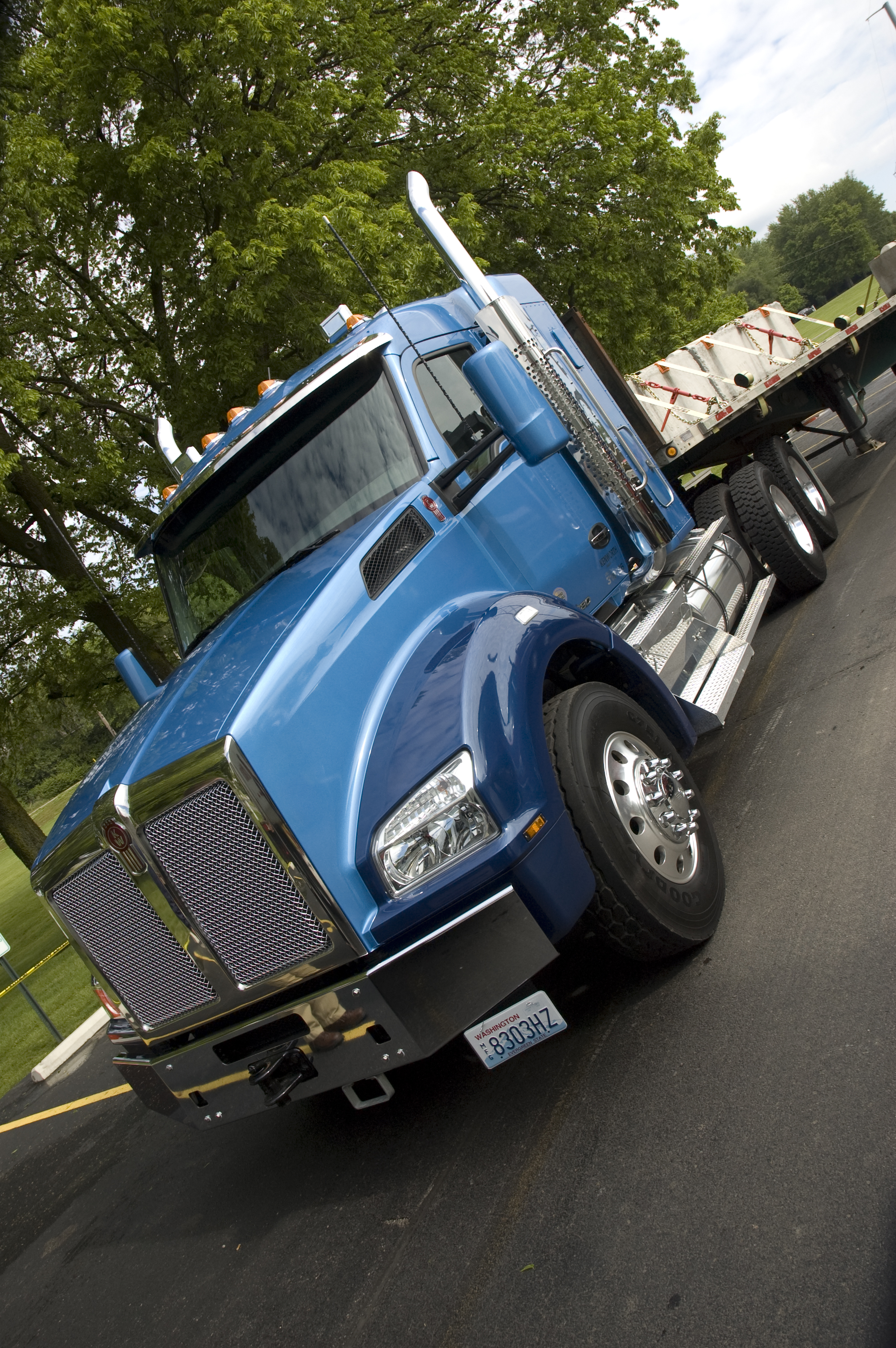 Fuel economy, automation among 2017 Kenworth highlights