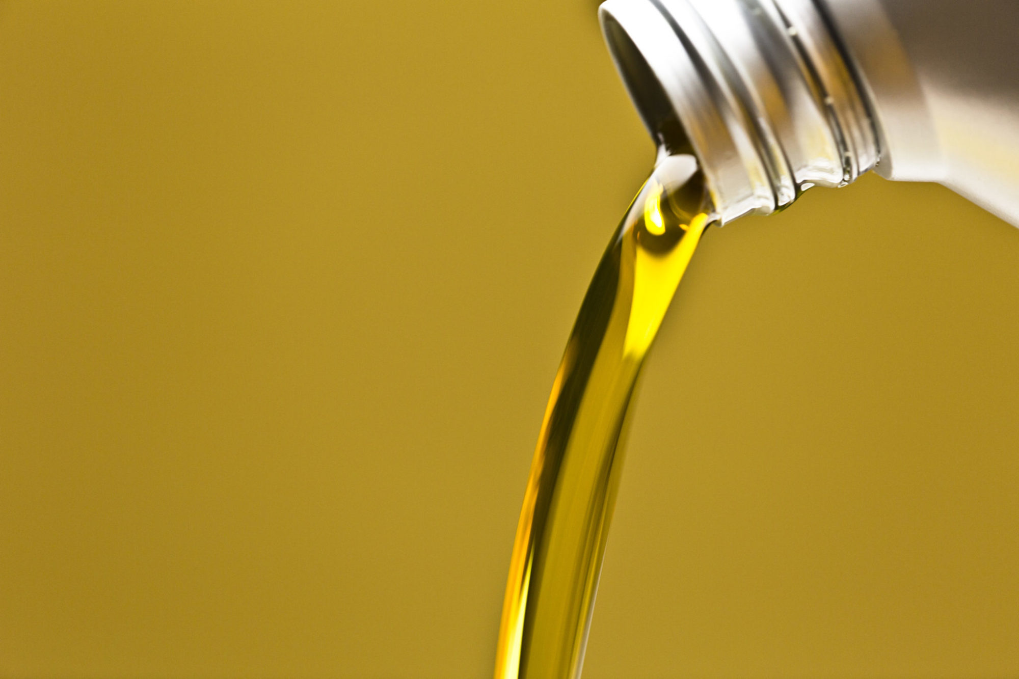 Understand the benefits of CK-4 and FA-4 oil | Today's
