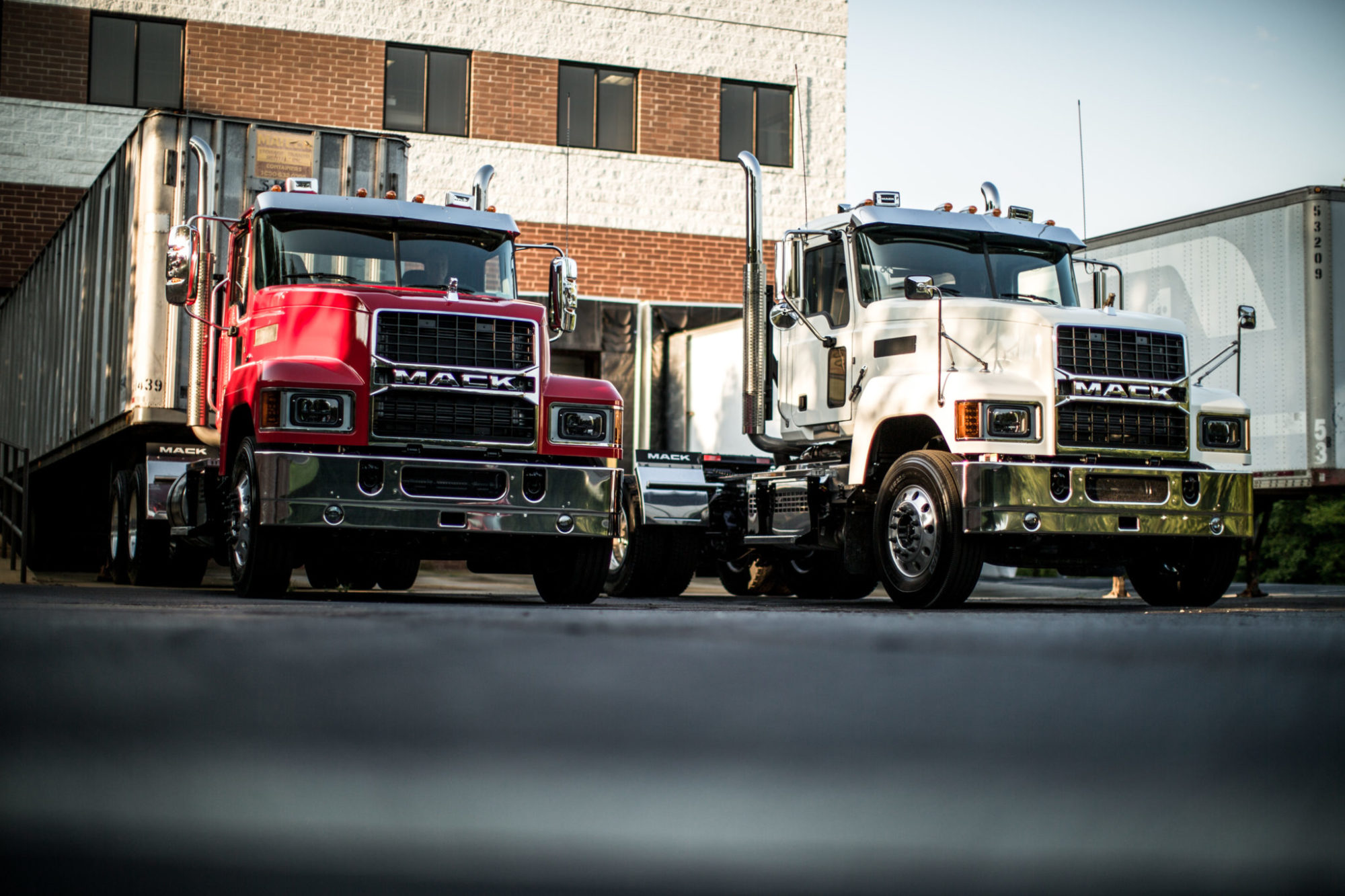 Kenworth expands colors, interiors | Today's TruckingToday's