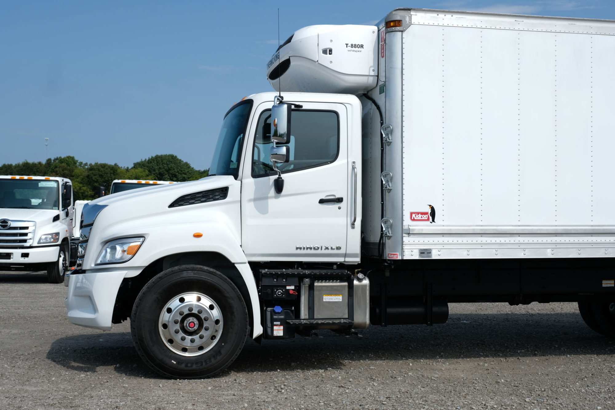 Test driving Hino's new baby -- the Baby 8 XL8 | Today's