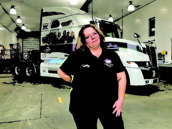 Shelley Uvanile-Hesch, Women's Trucking Federation of Canada