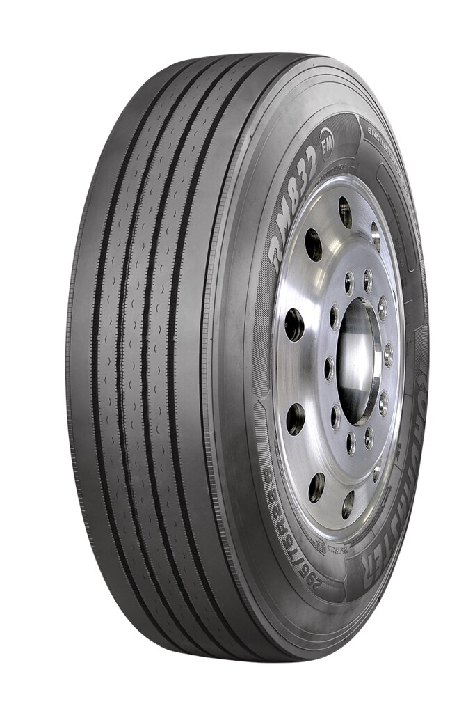 Cooper Tire Roadmaster steer tire